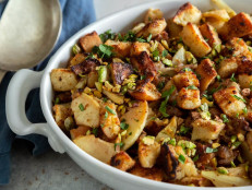 Spiced Apple Sausage Stuffing