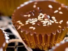Sesame Chocolate Cups