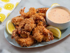Coconut Shrimp with Creamy Chili Sauce