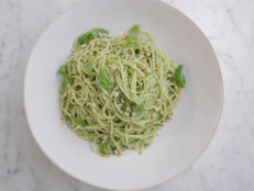 Lemon Pesto Spaghetti
