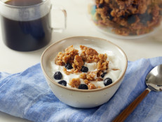Blueberry-Vanilla Breakfast Cereal with Yogurt and Blueberry Preserves