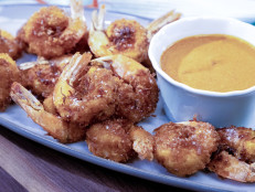 Coconut Shrimp with Curry Dipping Sauce